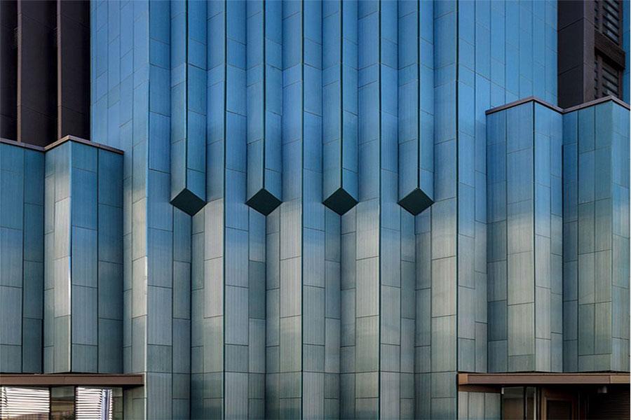 نمای سرامیک ساختمان دو طبقه