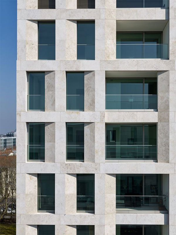 Execution of the stone facade of a luxury apartment 1