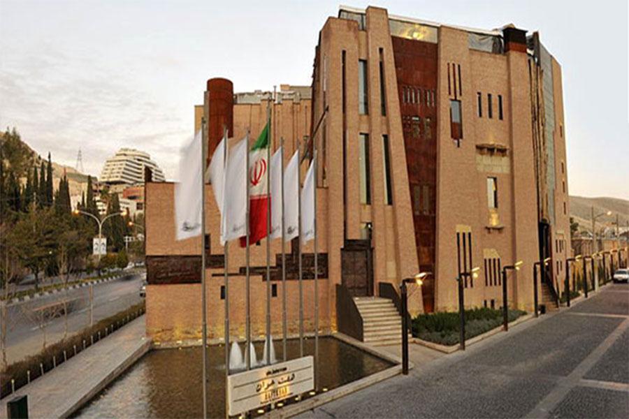 نمای رستوران هفت خوان شیراز