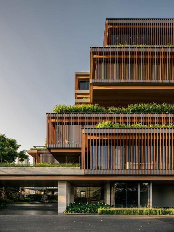 Classic apartment facade design