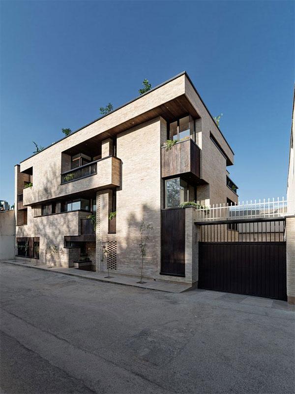 Execution of concrete facade