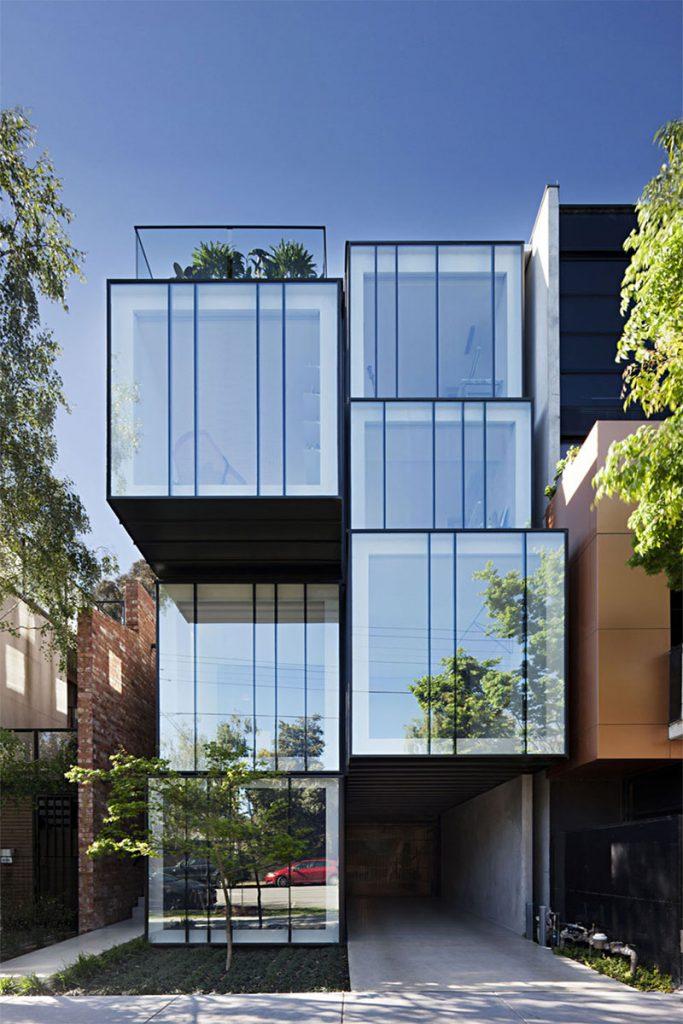 نمای شیشه ای آپارتمان