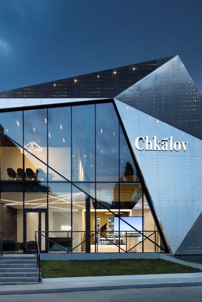 نمای شیشه ای ساختمان