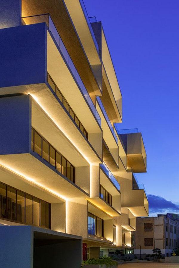 نور پردازی ساختمان های دو یا چند طبقه